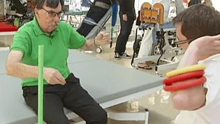 Gérard Jouany est atteint de la maladie de Parkinson. Chaque année, il se rend dans le centre de rééducation de Pen-Bron, à La Turballe(Loire-Atlantique). ( FRANCE 2 / FRANCETV INFO)
