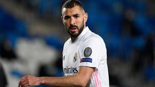 L'attaquant Karim Benzema lors d'un match entre Real Madrid etBorussia Moenchengladbach à Madrid le 9 décembre 2020. (PIERRE-PHILIPPE MARCOU / AFP)