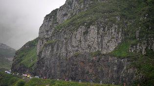 La route du col de La Croix-Morand entre Brioude et Aurillac en Auvergne empruntée par les coureurs du Tour de France 2008. Photo d'illustration. (TIM DE WAELE / VELO / GETTYIMAGES)