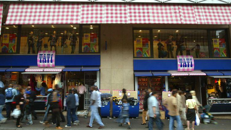 La façade du magasin Tati de Barbès à Paris. (MEHDI FEDOUACH / AFP)