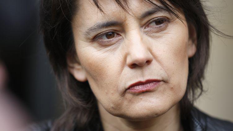La candidate de Lutte ouvrière, Nathalie Arthaud, le 7 mars 2012 devant le Conseil constitutionnel à Paris. (THOMAS SAMSON / AFP)