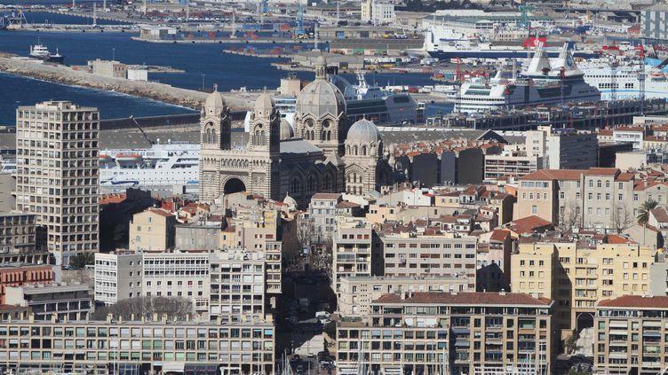 Vue aérienne de la cathédrale La Major et du quartier du Panier, le 16 février 2012 à Marseille (Bouches-du-Rhône). (KARINE VILLALONGA / SIPA)