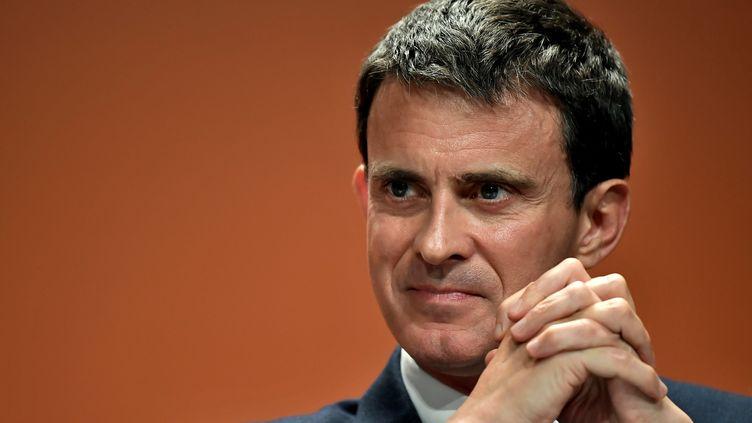 Manuel Valls durant un forum contre l'abstention, le 5 mai 2017, à Paris. (PHILIPPE LOPEZ / AFP)
