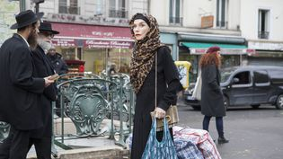 """Isabelle Huppert, dans """"La daronne"""" de Jean-Paul Salomé, qui clôturerale festival du film Angoulême. Huppertremettra le prix du public lors de la cérémonie. (Lydie Nesvadba)"""