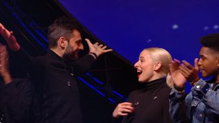 """Capture d'écran du documentaire """"Eurovision, dans les coulisses de la sélection"""", diffusé le 3 mai 2018, sur France 2. (ITV STUDIO)"""