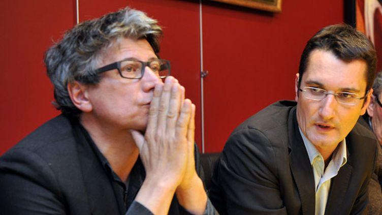 (Olivier Dartigolles et Éric Coquerel en campagne en 2012 © MaxPPP)