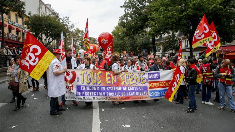 Les neuf organisations syndicales de la fonction publique, ici à Paris, ont déjà affiché leur unité le 10 octobre 2017. (MAXPPP)