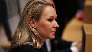 Ladéputée FN Marion Maréchal-Le Pen au conseil régional de la région Paca, le 18 décembre 2015 à Marseille. (JEAN-PAUL PELISSIER / REUTERS)