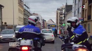 Envoyé spécial. A Strasbourg, la police fait la chasse aux infractions cyclistes... dans la tolérance (FRANCE 2 / FRANCETV INFO)