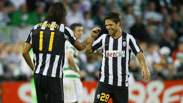 Amauri et Diego (Juventus de Turin) (PETER MUHLY / AFP)