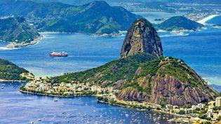Photo rétro du Pain de Sucre vu du Corcovado, à Rio de Janeiro, berceau de la bossa nova (détail de la jaquette du CD)  (Verve / Universal)