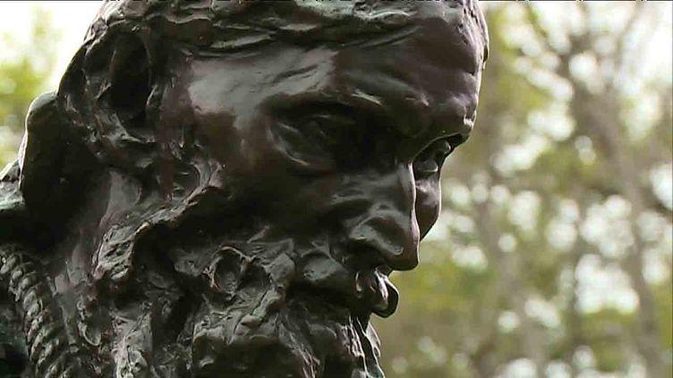 """""""Eustache de Saint Pierre"""" signé Rodin .L'un des """"Six Bourgeois de Calais"""" au château de Laàs dans les Pyrénées Atlantiques. (S. Estrade / France Télévisions)"""