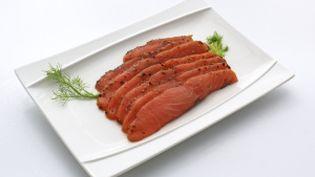 Voici le saumon cru, avant marinade. (FOTOLIA)