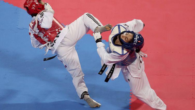 La Chilienne Fernanda Aguirre (à d.) lors des Jeux panaméricains à Lima, au Pérou, dimanche 28 juillet 2019. (FERNANDO VERGARA / AP / SIPA)