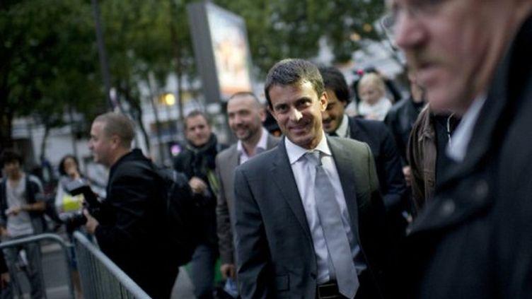 Manuel Valls lors de son arrivée au dernier débat (5 octobre) (FRED DUFOUR / AFP)