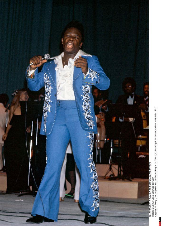 Ali Bongo en concert, à Libreville au Gabon, le 7 juillet 1977. (FRILET/SIPA)