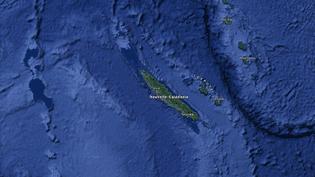 Capture d'écran d'une carte satellite pointant l'archipel de la Nouvelle-Calédonie. (GOOGLE MAPS / FRANCEINFO)