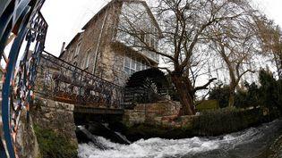 Le moulin à eau de la maison-musée du chanteur Claude François, à Dannemois, au sud de Paris (illustration). (GERARD JULIEN / AFP)