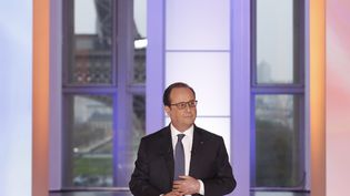 """François Hollande s'exprime dans l'émission """"Dialogues citoyens"""", le 14 avril 2016 sur France 2. (MAXPPP)"""