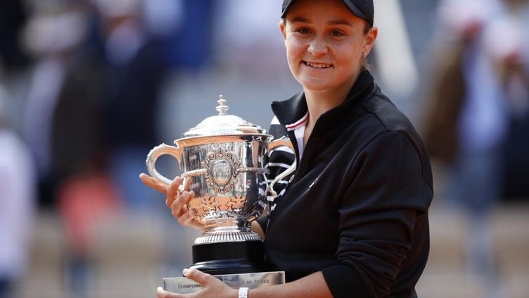 Ashleigh Barty, dernière vainqueure du tournoi dames de Roland-Garros (MEHDI TAAMALLAH / NURPHOTO)