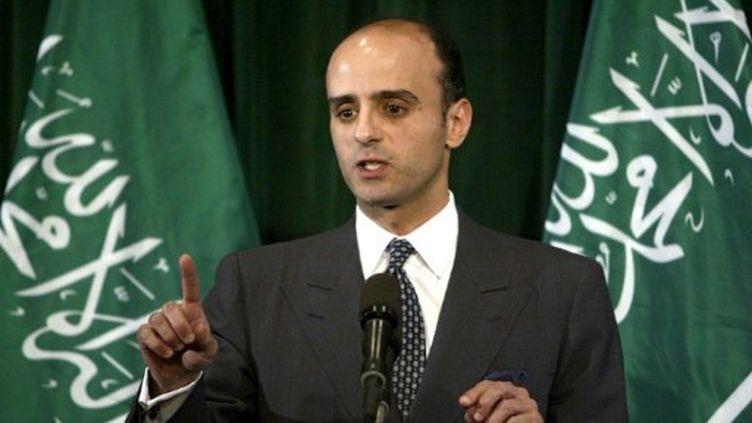 L'ambassadeur saoudien Adel al-Jubeir, en 2004. (PAUL J. RICHARDS / AFP)