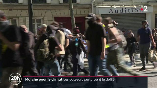 Marche pour le climat : des casseurs perturbent le cortège