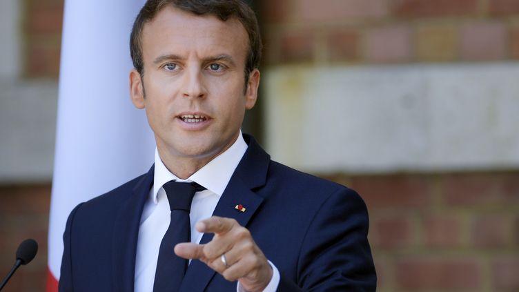 Emmanuel Macron lors d'une conférence de presse à Varna (Bulgarie), le 25 août 2017. (DIMITAR DILKOFF / AFP)