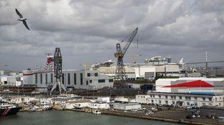 Les chantiers navals STX France, à Saint-Nazaire (Loire-Atlantique), le 27 juillet 2017. (CAROLINE PAUX / FRANCE)