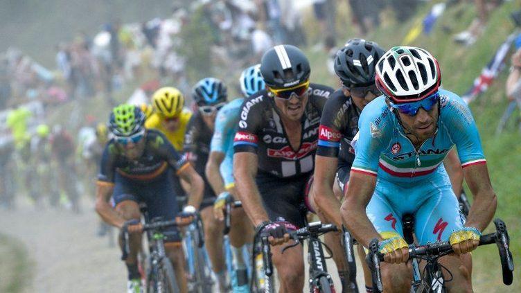 Vincenzo Nibali (Astana) a fait le forcing sur les pavés du Tour