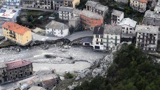 Une vue aérienne des dégâts àTende (Alpes-Maritimes) après le passage de la tempête Alex, le 6 octobre 2020. (CHRISTOPHE SIMON / AFP)