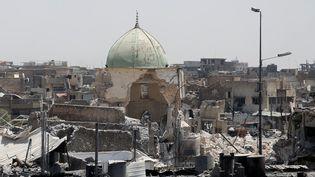 Vue de la mosquéedétruite d'Al-Nouri dans les quartiers occupés par les jihadistes à Mossoul (Irak), le 27 juin 2017 (ERIK DE CASTRO / REUTERS)