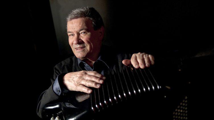 Marcel Azzola le 21 janvier 2010 à Paris, lors d'un concert hommage à Django Reinhardt au Théâtre du Châtelet  (Denis Lacharme / Sipa)