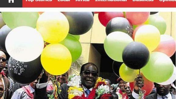 """Robert Mugabe, lors de la célébration de son anniversaire, vu par le site du quotidien """"The Herald"""" (DR, capture d'écran)"""