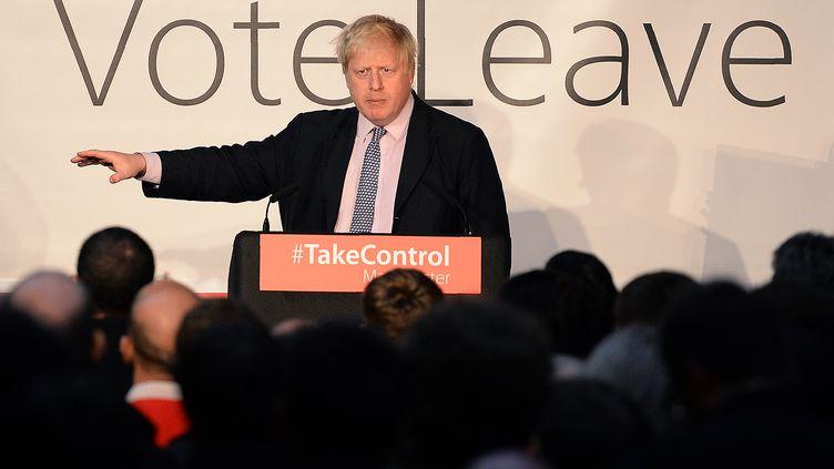 L'ancien maire de Londres, Boris Johnson, le 15 avril 2016 à Manchester (Royaume-Uni), lors d'un meeting des partisans de la sortie de l'Union européenne. (OLI SCARFF / AFP)