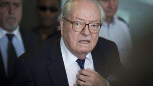 Jean-Marie Le Pen, président d'honneur du FN, à Nanterre (Hauts-de-Seine), le 12 juin 2015. (MARTIN BUREAU / AFP)