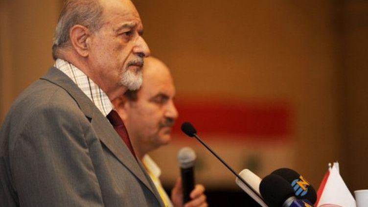 Haitham al-Maleh, chef de l'opposition syrienne, s'adresse aux opposants syriens réunis à Istanbul le 16 Juillet 2011 (AFP PHOTO / BULENT KILIÇ)