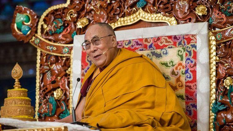 Le dalaï-lama lors d'une visite au monastère de Palpung au Tibet occidental (Inde). (Photo/Tenzin Choejor/OHHDL)