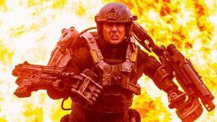 Tom Cruise dans Edge of tomorrow  ( Warner Bros France)