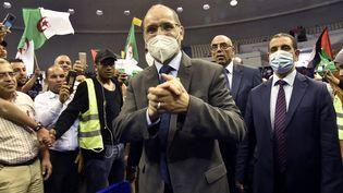Le président du MSP, Abderrazak Makri, participe à un meeting de campagne, le 8 juin 2021, à Alger (Algérie). (RYAD KRAMDI / AFP)