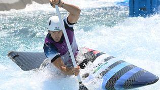 Le Français Martin Thomas lors des qualifications du canoë, aux Jeux olympiques de Tokyo le 25 juillet 2021. (LUIS ACOSTA / AFP)