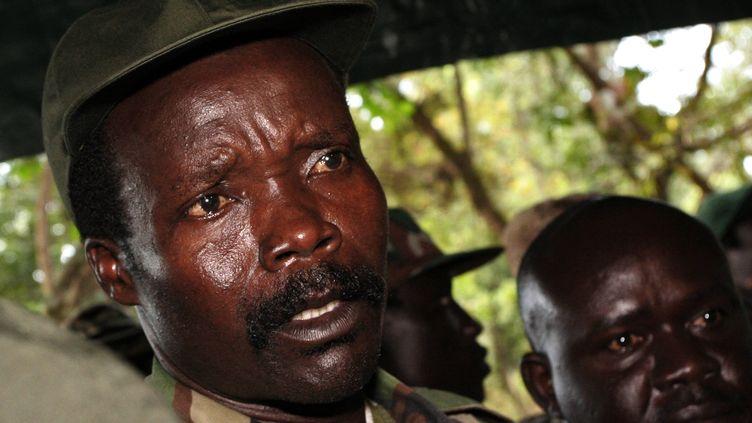 Joseph Kony, le chef de l'Armée de résistance du Seigneur (LRA), à Ri-Kwamba, au Sud-Soudan, le 12 novembre 2006. (STUART PRICE / AFP )