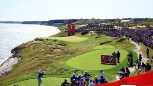 Rory McIlroy vendredi durant les quatre balles pour cette 43e édition de la Ryder Cup. (MIKE EHRMANN / GETTY IMAGES NORTH AMERICA)