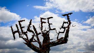 Une sculpture sur le site du festival Hellfest, le 15 mai 2015 à Clisson (Loire-Atlantique). (GAEL CLOAREC / CITIZENSIDE.COM / AFP)