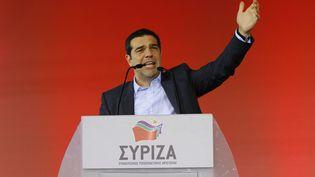 Aléxis Tsípras, figure de proue du parti anti-austérité Syriza, le 22 janvier 2015 lors du meeting de fin de campagne organisé à Athènes (Grèce). (MICHAEL DEBETS / PACIFIC / SIPA )