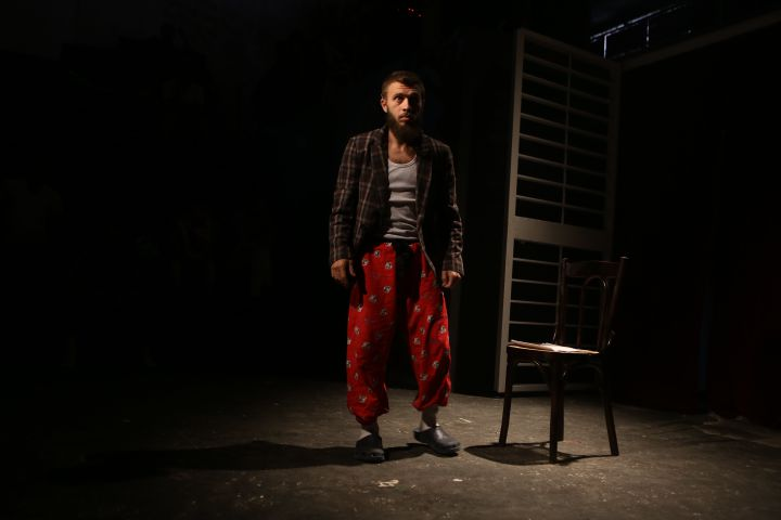 "Une image du film ""The Blue Inmates"" de Zeina Daccache. (DALIA KHAMISSY/CATHARSIS-LCDT)"