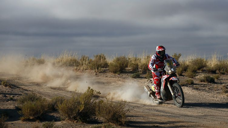 Paulo Goncalves (Honda) a son premier Dakar dans le viseur (FELIPE TRUEBA / EFE)