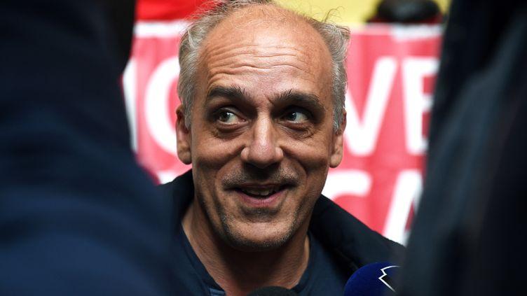 Philippe Poutou, le 14 avril 2017 à Lille (Nord). (FRANCOIS LO PRESTI / AFP)