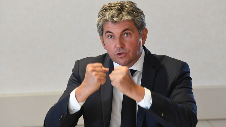 Le maire Les Républicains de Chalon-sur-Saône, Gilles Platret, à Champdivers le 3 septembre 2020 (PHILIPPE TRIAS / MAXPPP)