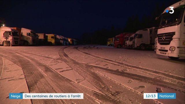Neige : les routiers forcés à l'arrêt pour la nuit