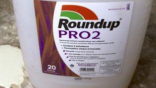 Un bidon de Roundup Pro 2, herbicide contenant du glyphosate produit par Monsanto. (MAXPPP)